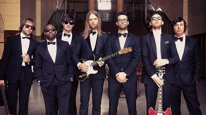 Maroon 5 Hairstyle: Maroon 5'tan Sugar İle Düğün Baskını