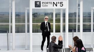 Chanel Defilesinden Karl Lagerfeld Röportajı