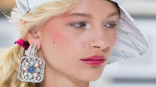 Chanel İlkbahar-Yaz 2017 Defilesinden Aksesuar Detayları