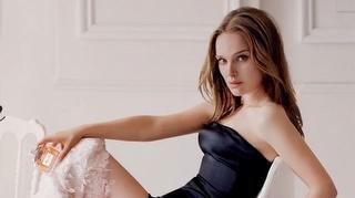 Natalie Portman Yeniden Miss Dior`da